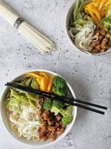 Vegetarische udon noedels
