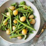 Vegetarische aardappelsalade zomer