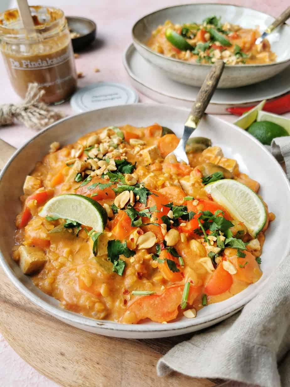 Curry met pindakaas