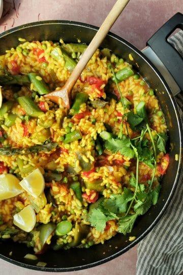 Vegetarische paella zonder vis