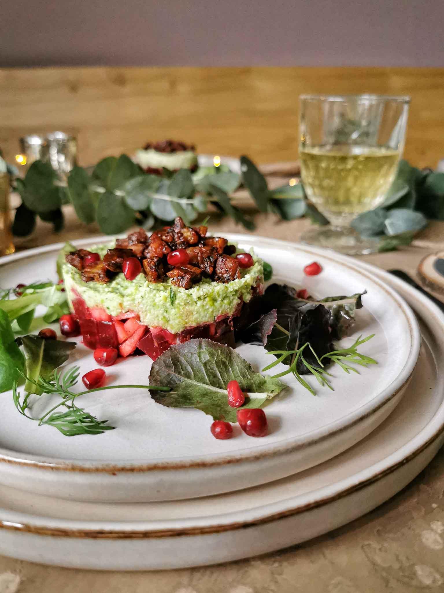 Vegetarische bietentartaar kerst